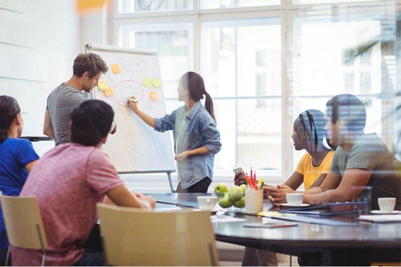 Servicio de reportes y análisis para estrategias de Marketing
